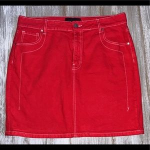NWOT! KENDALL + KYLIE Red Jean Skirt!